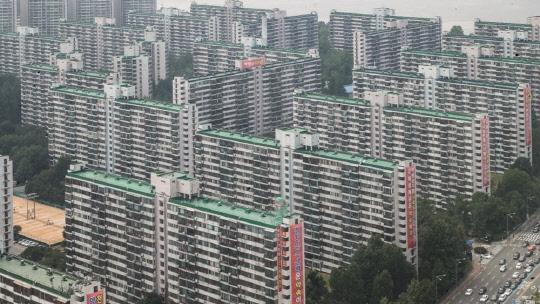 분양가상한제 무색…꿈틀거리는 강남 재건축 아파트